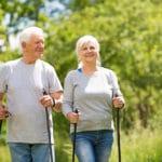 Gesunde Bewegung im Alter: So bleiben Senioren fit und vital!
